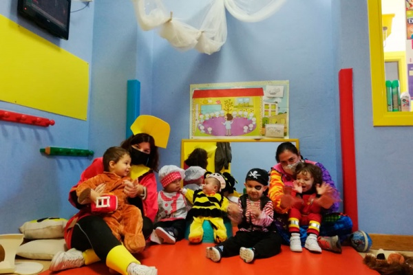 Carnaval en la escuela infantil Pelonchines